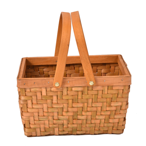 Deluxe Wicker Outdoor Picnic Basket