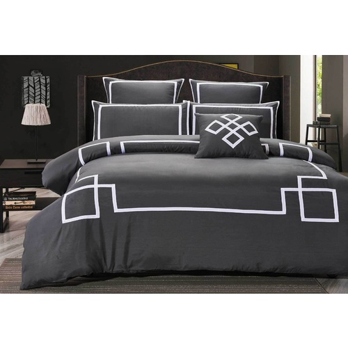 King Size Charcoal and White Quilt Cover Set (3PCS)