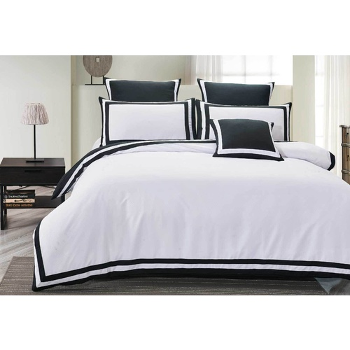 Super King Size Charcoal and White Square Patter Quilt Cover Set (3PCS)